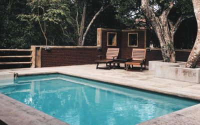La piscine sans margelles, tendance et contemporaine?